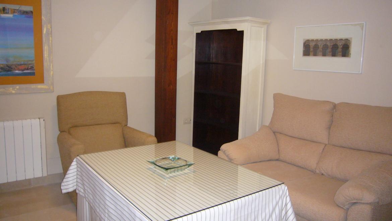 Se alquila ático de dos dormitorios en Barrio del Realejo, Granada Capital
